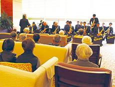 館内では定期的にコンサートを開催