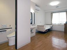 安全性と機能性、快適性を考慮した、明るく開放的な居室