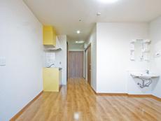 キッチン・収納付の居室