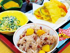季節のイベント食も登場する食事は、栄養士が用意