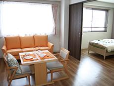 ご夫婦で入れる広めのお部屋も26室あります