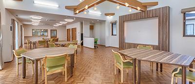 開放的な吹き抜けが心地よいリビング・食堂(画像は完成イメージ)